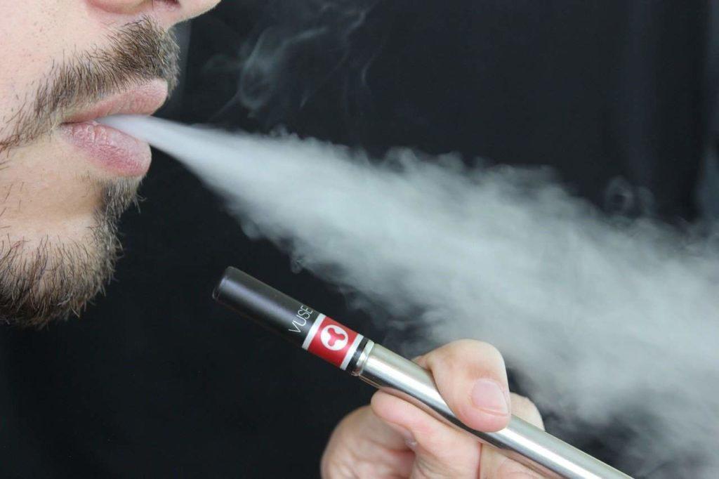 une cig a like ressemble à une cigarette